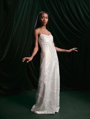 Wiederhoeft-SS22Bridal-wedding-dress-Lookbook-7477