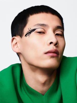 valentino-makeup-portraits-2