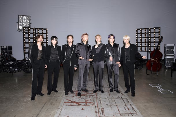BTS-2021-Billboard-Music-Awards-Fashion-1