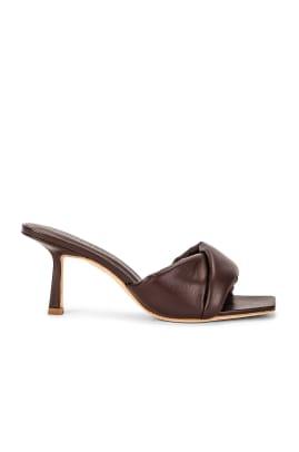 studio amelia heels