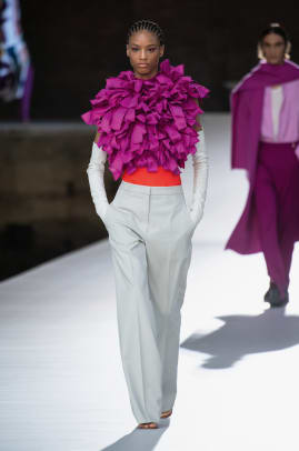 valentino-fall-haute-couture-2021-look-2