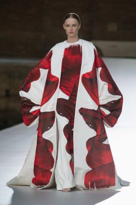 valentino-fall-haute-couture-2021-look-84