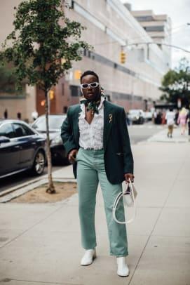 new-york-fashion-week-street-style-spring-2022-day-5-1