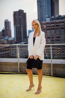 new-york-fashion-week-street-style-spring-2022-day-6-37