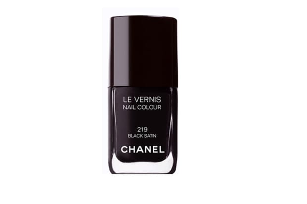Chanel Introduces New Longwear Nail Polish Formula, Launches 11 New ...