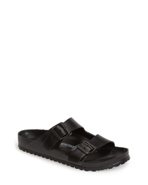 ce12446dc It's Official: Slide Sandals Are Still Summer's Biggest Shoe Trend -  Fashionista