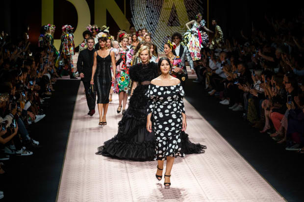 325a51a3 Google News - Cardi B and Nicki Minaj - Overview