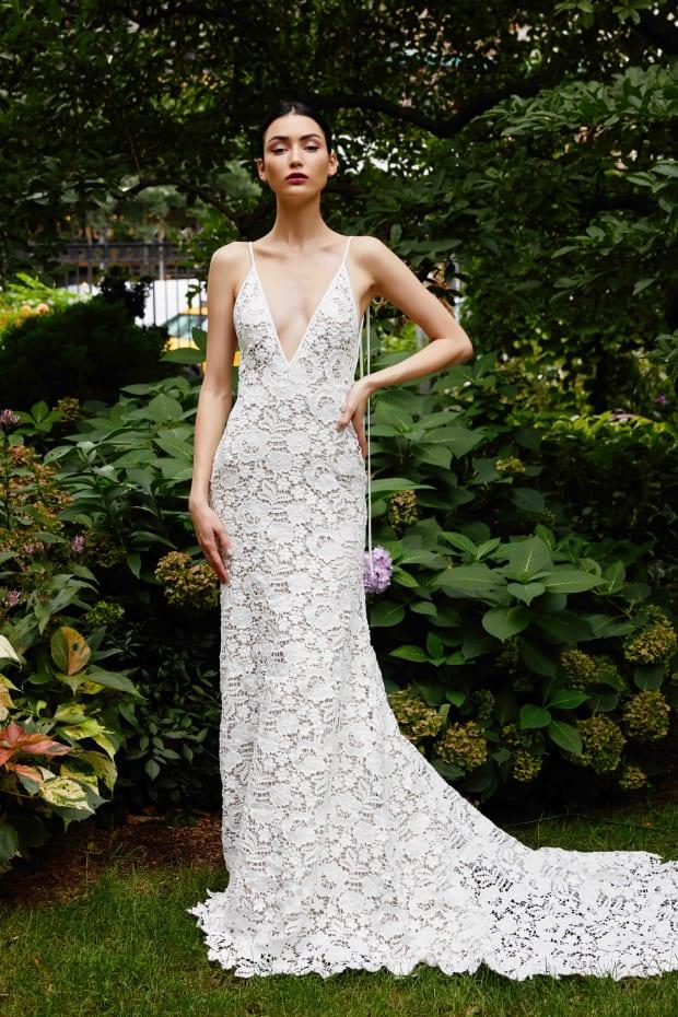 Meghan Markle And Chiara Ferragni Inspired Fall 2019 S Biggest Bridal Trends Fashionista,Fall Dress For Wedding Guest 2020