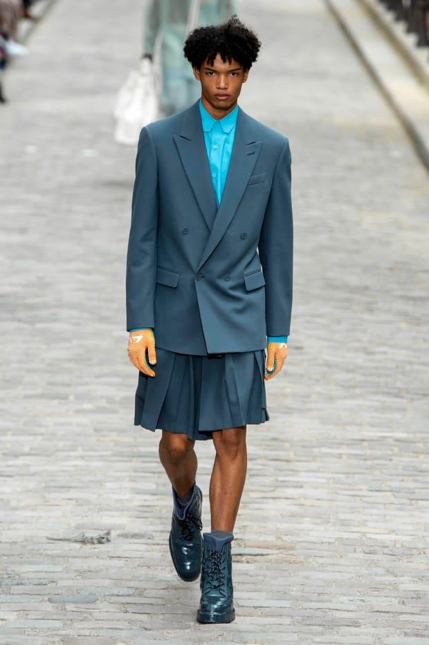 938a11f5f0 See Every Look from Virgil Abloh's Spring 2020 Collection for Louis ...