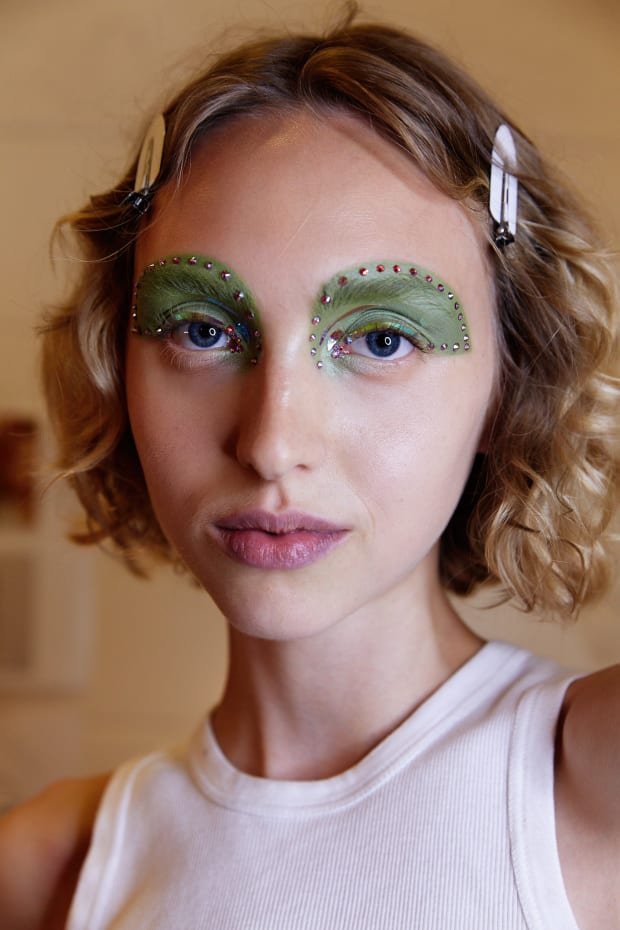 6 Standout Beauty Trends From New York Fashion Week ...