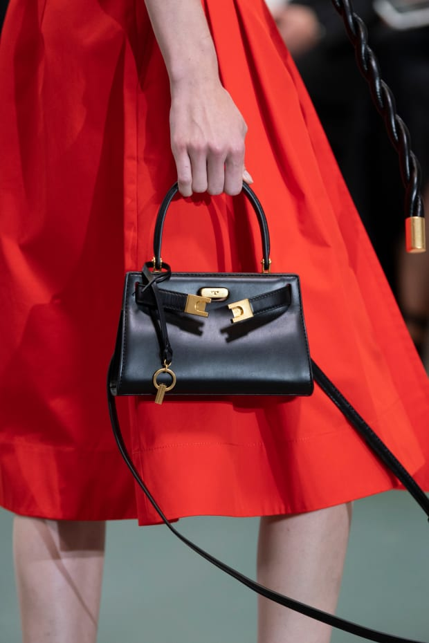Bags 2020 Trends.We Can T Seem To Escape The Damn Tiny Bag Trend Fashionista
