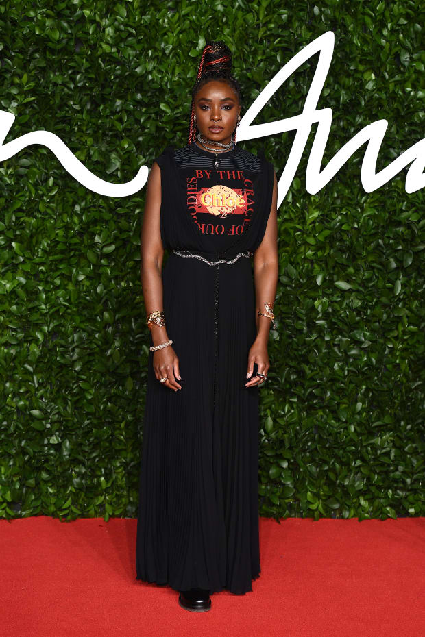 See The Best Red Carpet Looks From The 2019 Fashion Awards