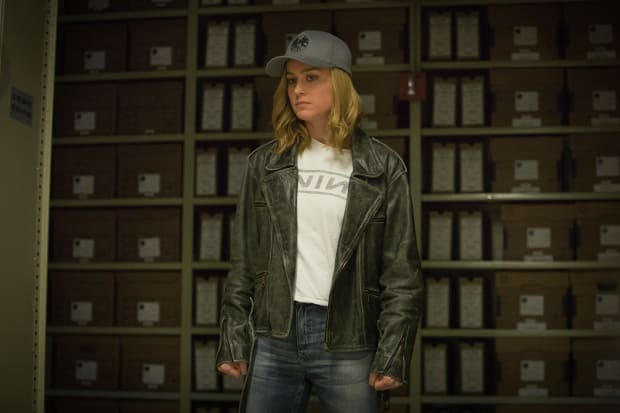 The Complete Breakdown Of Brie Larson S Costumes In Captain Marvel Fashionista Shooting started on the los angeles set in march and showed the comicbook hero is full action hero mode. captain marvel