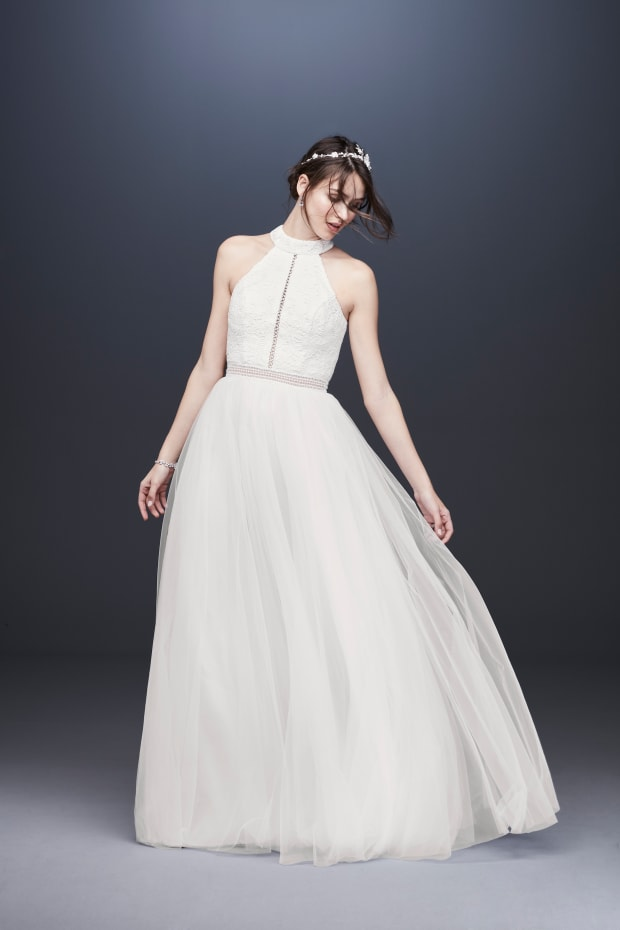 2e8b9c5bac4 The Meghan Markle Effect is Still Going Strong on the Spring 2020 Bridal  Runways - Fashionista