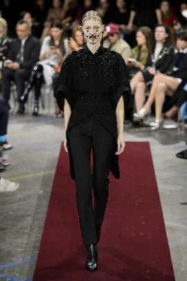 Givenchy RF15 5008.jpg