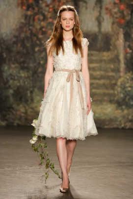 jenny-packham-spring-2016-bridal-little-white-dress.jpg
