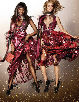 Naomi Campbell and Rosie Huntington-Whiteley in the Burberry Festive Campaign shot by Mario Testino.jpg