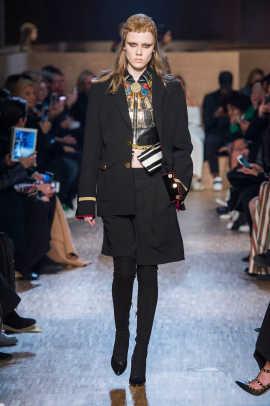 Givenchy%20RF16%202043.jpg