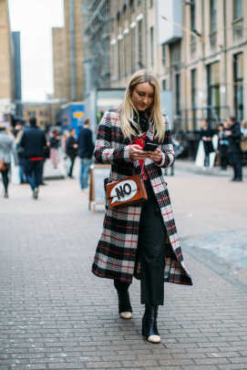 1-lfw-street-style-fall-2017-day-5