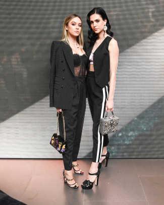 Amelia and Delilah Hamlin