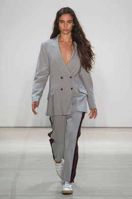 Band of Outsiders RS17 1667.jpg