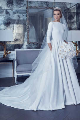 romona-keveza-collection-buckingham-palace-wedding-dress-spring-2019