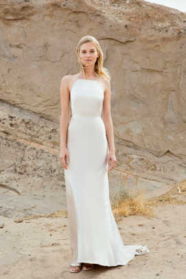savannah-miller-michelle-streamlined-wedding-dress