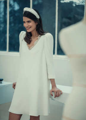 laure-de-sagan-mini-long-sleeve-civil-wedding-dress-fall-2018