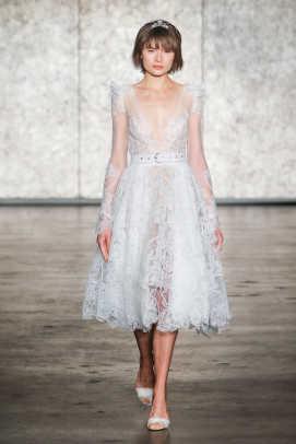 inbal-dror-belt-wedding-dress-fall-2018-bridal