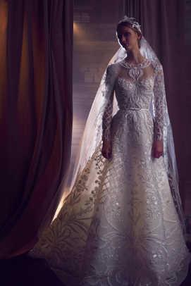 elie-saab-embellished-wedding-dress-fall-2018-bridal