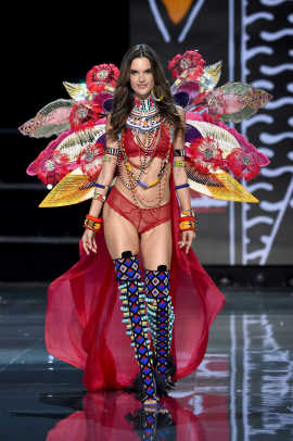 victoria's secret fashion show 2017 shanghai 37