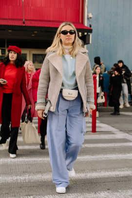 new-york-fashion-week-street-style-fall-2018-day-1-18