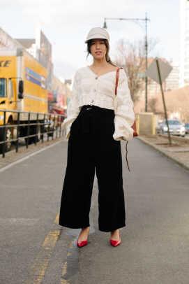 new-york-fashion-week-street-style-fall-2018-day-1-20