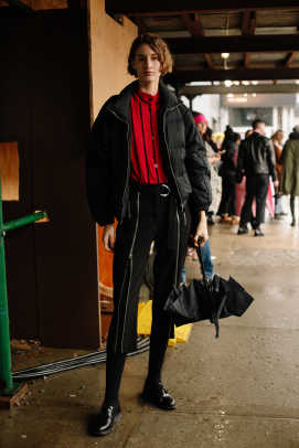 new-york-fashion-week-street-style-fall-2018-day-4-4