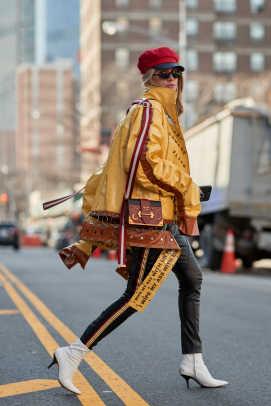 new-york-fashion-week-street-style-fall-2018-day-6-75