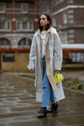 london-fashion-week-street-style-fall-2018-day-4-58