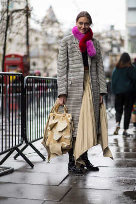 london-fashion-week-street-style-fall-2018-day-5-3