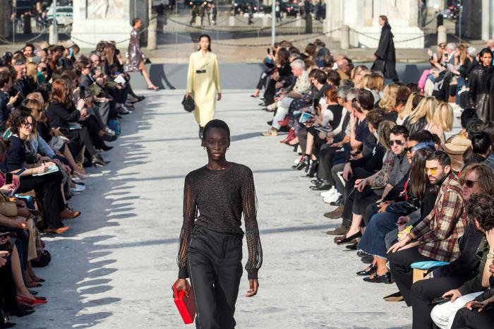 Daniel Lee's Bottega Veneta Fall 2019 Runway Debut Officially Put Him on the Fashion Map