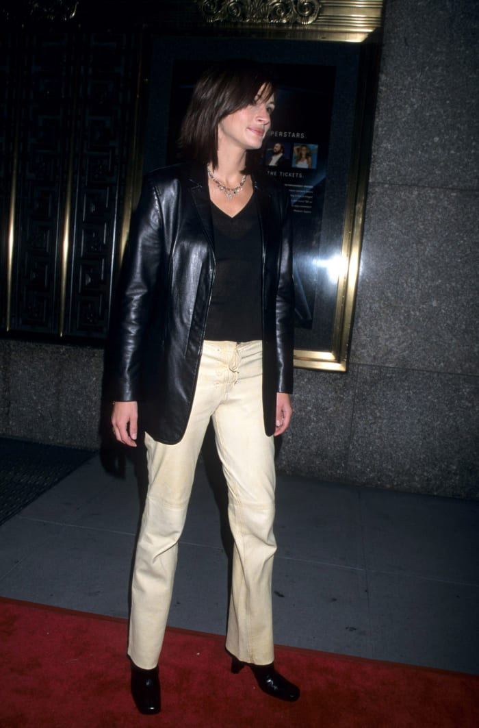Julia Roberts during DNC 2000 Fundraiser NY Concert at Radio City Music Hall in New York City.