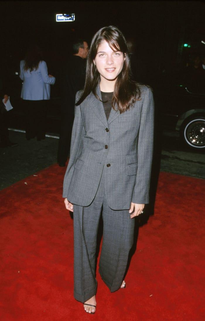 selma blair suit 1999