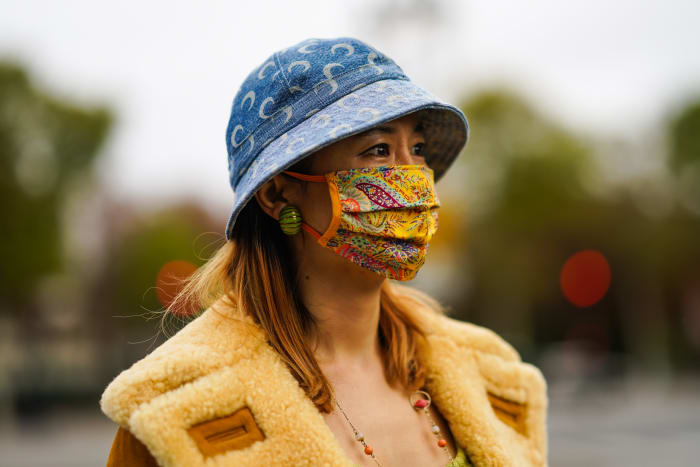Street Style PFW Face Mask