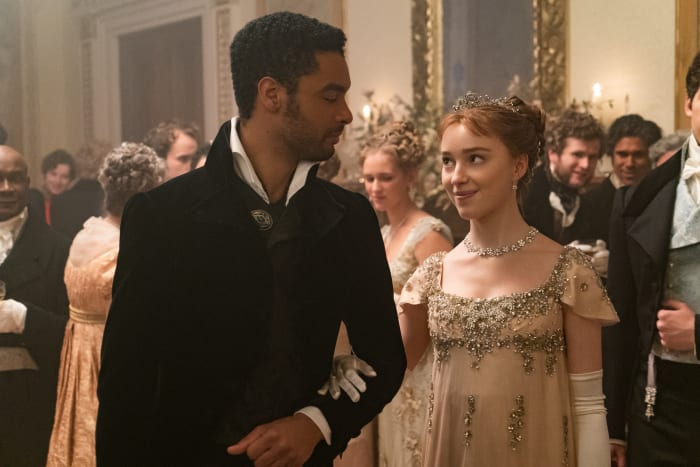 Simon, Duke of Hastings (Regé-Jean Page) and Daphne have a moment at the Danbury Ball.