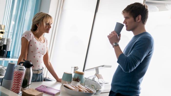 Cassie at work handing Ryan (Bo Burnham) a suspect coffee.
