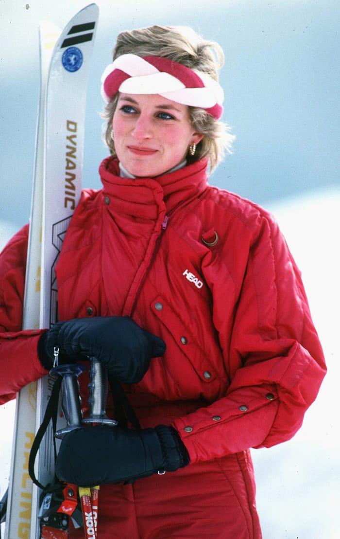 princess-diana-red-ski-suit