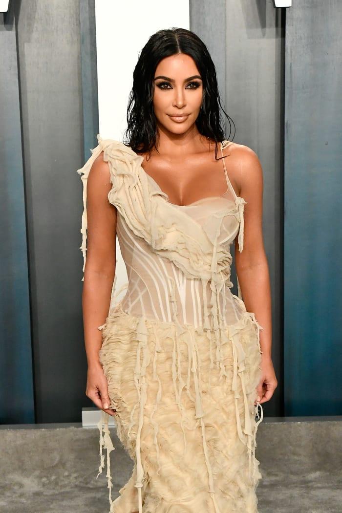 Kim Kardashian 2020 Vanity Fair Oscar Party Hosted By Radhika Jones