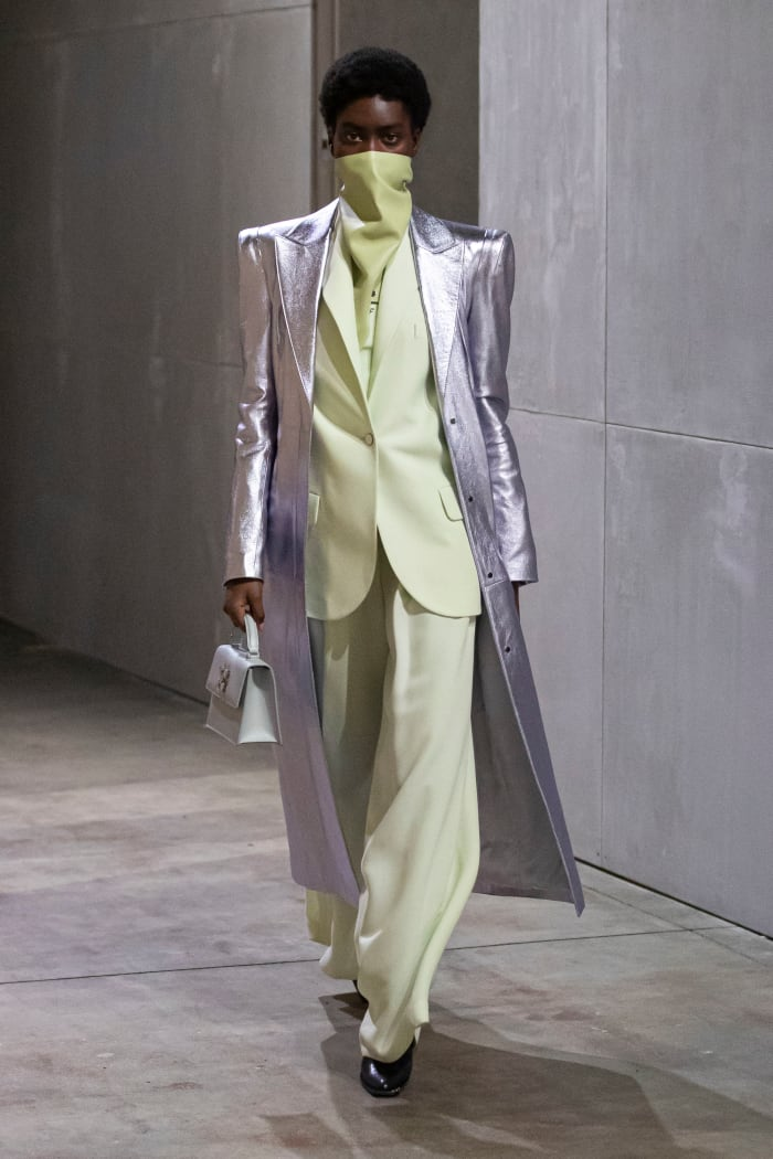 A look from the Off-White Spring 2021 collection.