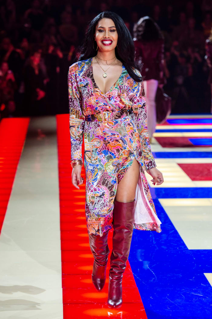 Bloom walking the Tommy Hilfiger x Zendaya runway during Paris Fashion Week.