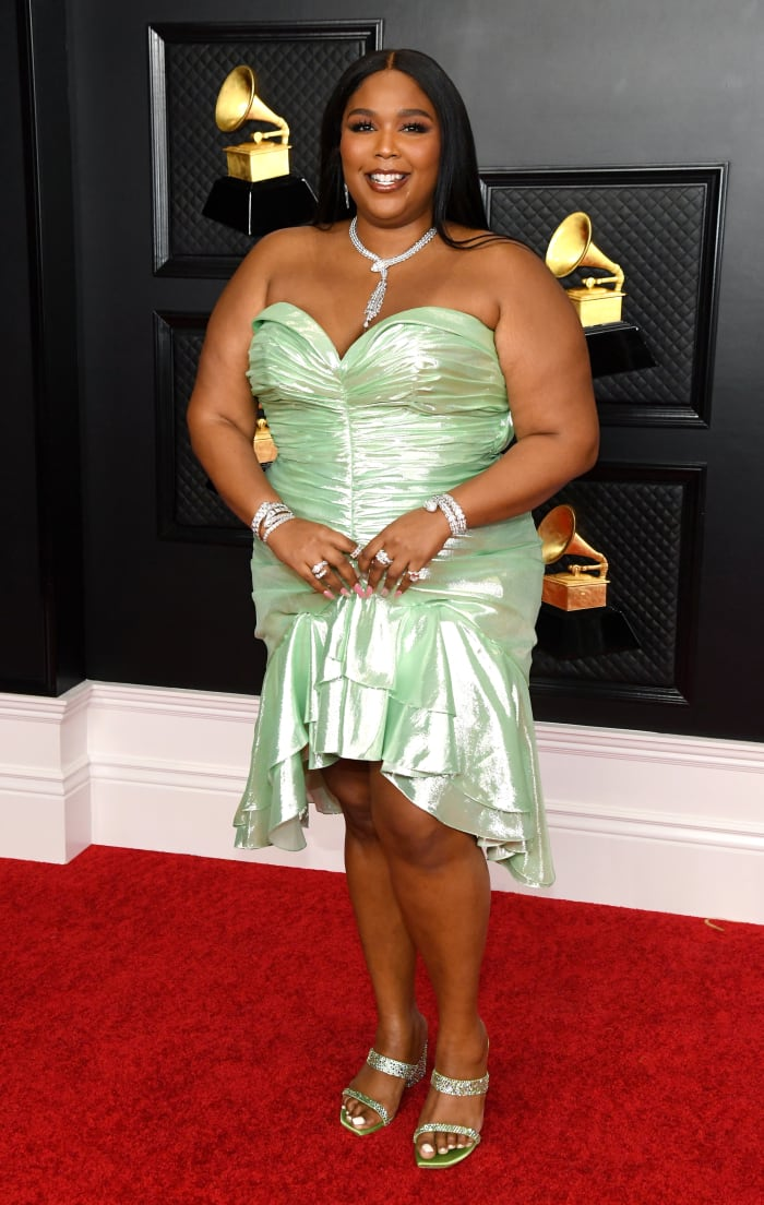 Grammys-2021-Best-Dressed-Lizzo-Balmain