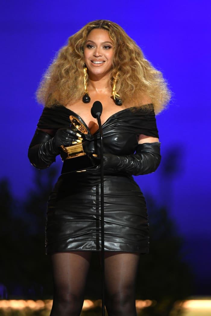 Grammys-2021-Best-Dressed-Beyonce-Schiaparelli