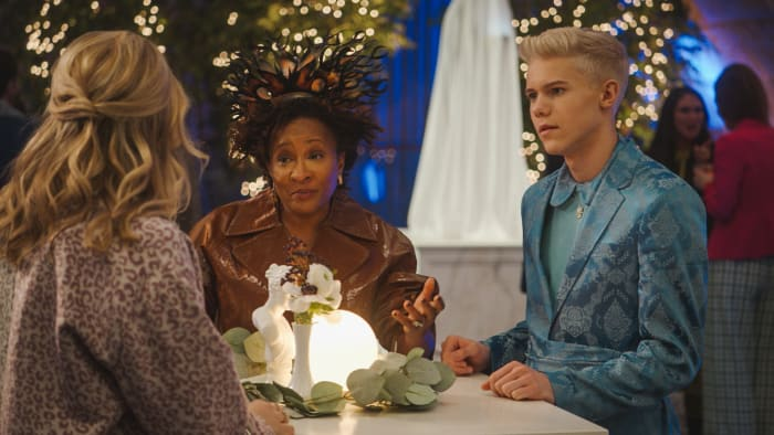 Brooke's brief foray into 'Vogue' night, where label manager Shuli (Wanda Sykes) and ChaseDreams (Case Walker) hold court.